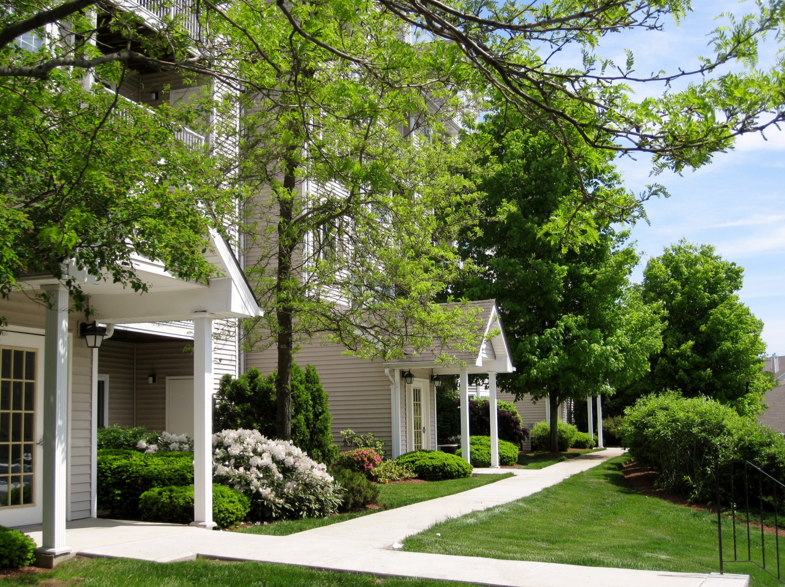 Avalon Apartments Landscaping in the Spring